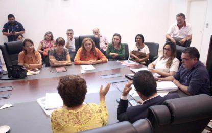 Rejane Dias anuncia calendário para chamar 1.300 concursados