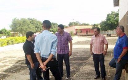 Prefeito Pedro Nunes acompanha a instalação do WiFi Livre em Marcos Parente