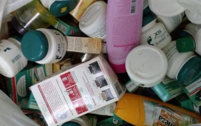 Mais de 600 cosméticos vencidos são apreendidos em loja de Picos