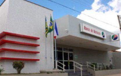 Bando tenta arrombar agência do BNB em Uruçuí e alarme é acionado