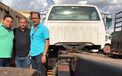 Vereadores denunciam o abandono da frota de veículos da prefeitura de Picos