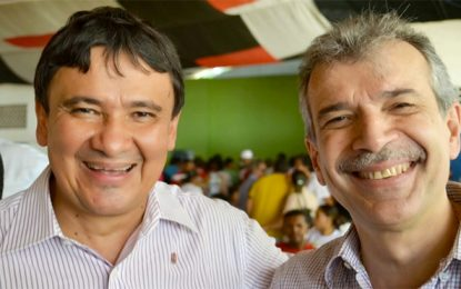 Wellington tem conversa com João Vicente Claudino e oferece vaga na majoritária