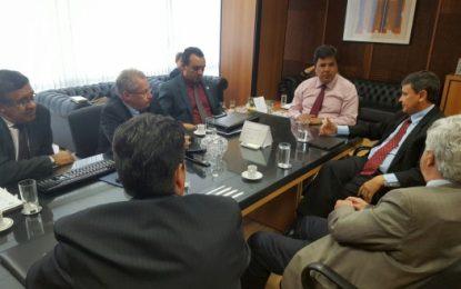 Ministro da Educação libera recursos de emendas para Uespi
