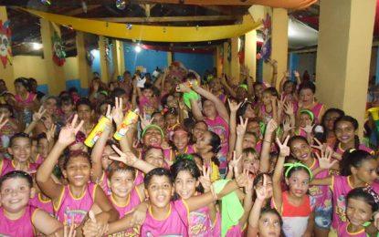 Bloco Mulekada de Guadalupe encerra seu carnaval com grande festa pra criançada