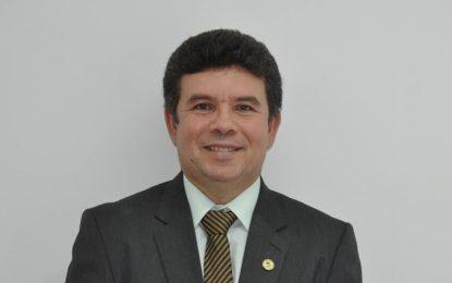 Paulo Henrique é reconduzido ao cargo de reitor do IFPI