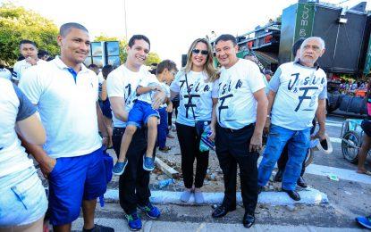 Governador Wellington Dias participa da Marcha para Jesus em Teresina