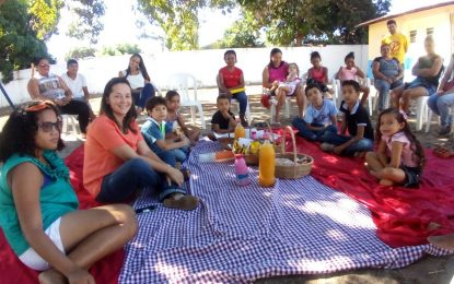 NASF de Marcos Parente inova e realiza Piquenique Informativo com as crianças
