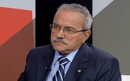 Atila Lira defende a permanência de Michel Temer