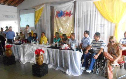 Zé Santana participa da comemoração do Dia Municipal da Juventude em Jerumenha