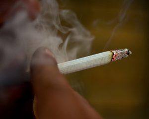 Quais doenças são causadas pelo cigarro?