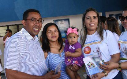 """Dia """"D"""" da Campanha Nacional de Multivacinação é realizado em Floriano"""