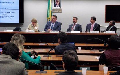 Silas Freire debate em audiência a situação dos pacientes renais