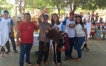 """Vereadora Rayanna participa da 1ª """"Missa dos Vaqueiros"""" em Jatobá dos Noletos"""