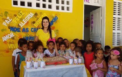Prefeita de Jerumenha realiza festa para crianças nas escolas municipais