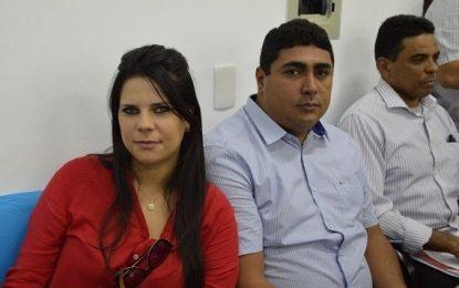 Prefeita Aldara Pinto participa de audiência pública na APPM sobre crise financeira