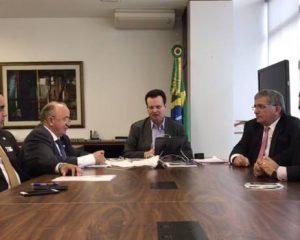 Gilberto Kassab garante que bancos postais não fecharão mais este ano