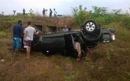 Carro do Prefeito de Landri Sales capota e deixa uma pessoa morta