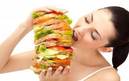 Sinto muita fome mesmo depois de comer, é normal?