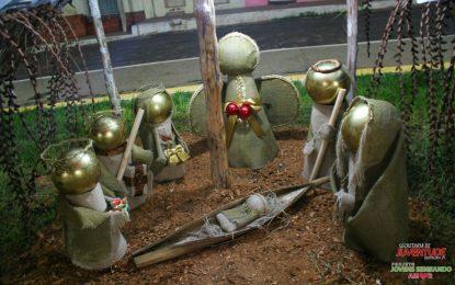 Praças da cidade de Bertolínia ganham ornamentação natalina