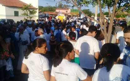 População realiza Passeata pela Paz em município do Piauí