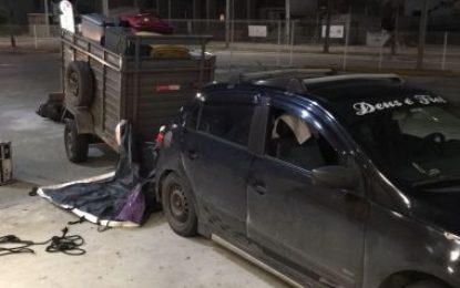 Bandidos roubam carreta com equipamentos de Caetano Veloso