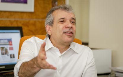 Estratégia eleitoral: João Vicente Claudino é contra terceira via