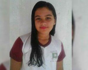 Adolescente de 13 anos morre afogada após entrar em bueiro com água