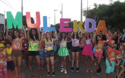 Bloco Mulekada abre seu carnaval com arrastão em Guadalupe