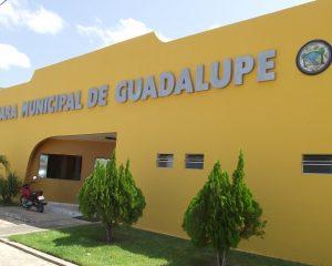Mesmo só com dois carros, Câmara de Guadalupe licita 70 mil em combustíveis