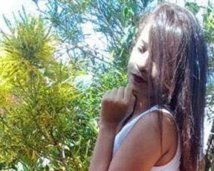 Jovem morre eletrocutada com celular ligado na tomada no Sul do Piauí