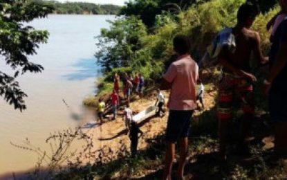 Cadáver é encontrado nas imediações de draga no bairro Alto da Cruz, na cidade de Floriano.