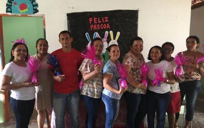 Alunos da rede municipal de educação de Bertolínia ganham festas de páscoa