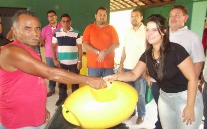 Pescadores de Artur Passos são contemplados com kits de piscicultura
