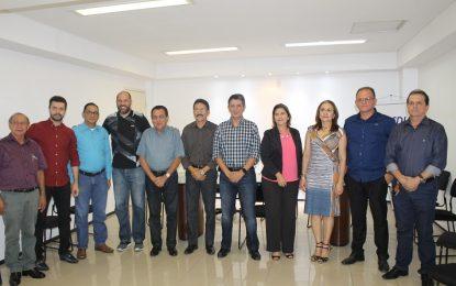 CDL de Floriano faz visita a Federação das Câmaras de Dirigentes Lojistas do Piauí