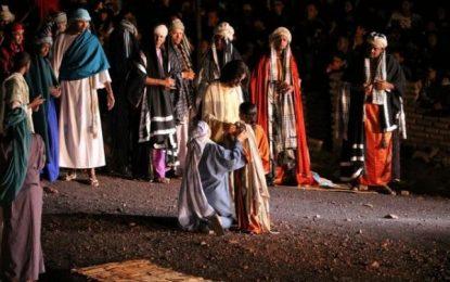 Espetáculo da Paixão de Cristo reúne milhares de fiéis em Floriano