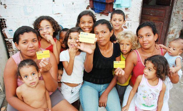 IBGE diz que 34% dos domicílios piauienses recebem Bolsa Família