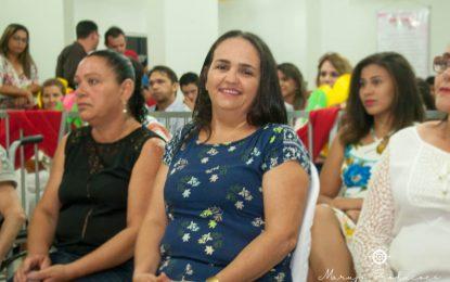 Mães são homenageadas com Prêmio Mulher Destaque em Bertolínia