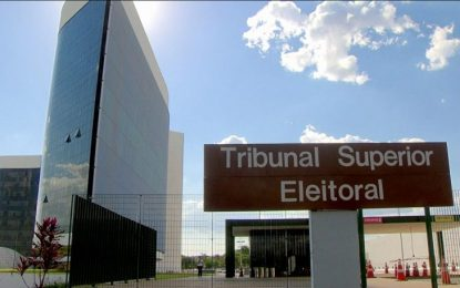 TSE decide se réus em ação penal podem ser candidatos à Presidência