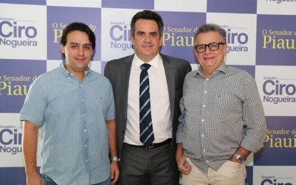 Senador Ciro discute apoio a Ciro Gomes e chapa alternativa com PDT