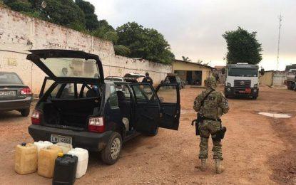 PRF prende quadrilha acusada de adulterar e desviar combustível no Piauí