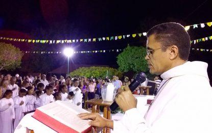 Procissão e missa campal finaliza novenário de São João Batista em Guadalupe