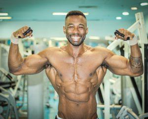 Qual a ordem correta dos exercícios de musculação?