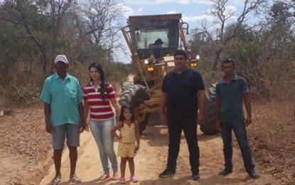 Prefeitura continua recuperando estradas da zona rural de Jerumenha