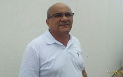 Vereador Antonio José diz que hospital de Floriano é cabide de emprego