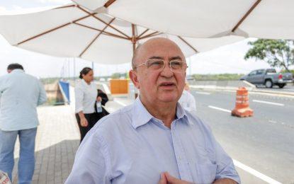 Deputado Júlio César fica com avião preso no aeroporto de Picos