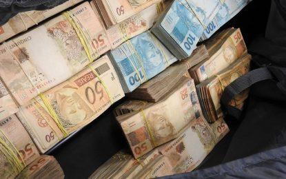 PF apreende mala com R$ 860 mil no Aeroporto de Guarulhos