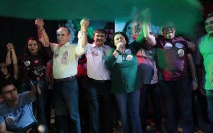 W.Dias faz campanha em Piripiri e Campo Maior e destaca obras na saúde