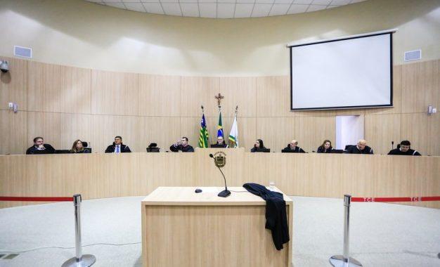 TCE vai apurar pagamentos de gestores no Piauí a empresa que premiou até jumento