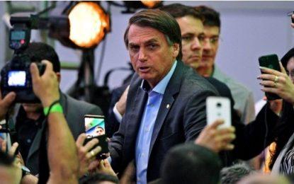 Bolsonaro representa risco à democracia, escreve revista britânica