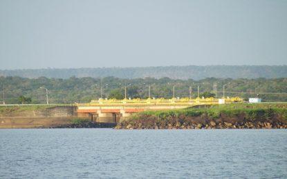 Chesf abre comportas da Barragem de Boa Esperança e aumenta nível do Rio Parnaíba